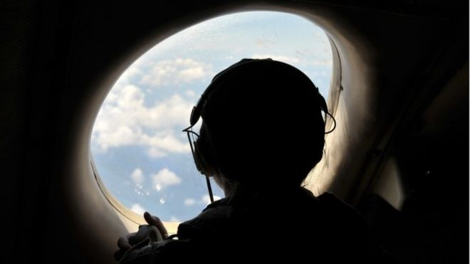 A US pilot looks for the crashed EgyptAir plane