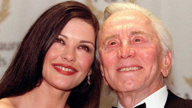Kirk Douglas with Catherine Zeta-Jones in 2001