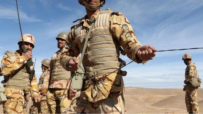Soldados iraníes n una operación en el terreno