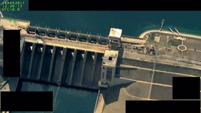 Aerial photo published by Operation Inherent Resolve showing Tabqa dam (26 March 2017)