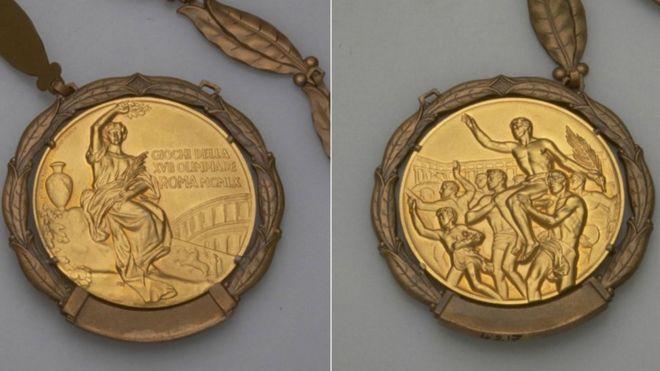 Deux côtés de la médaille olympique de 1960