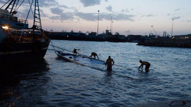 Duecento corpi sulla spiaggia libica