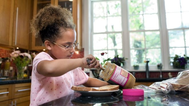 """""""Home alone"""" cases and recommendations - Page 2 _90441908_thinkstockphotos-83590612"""
