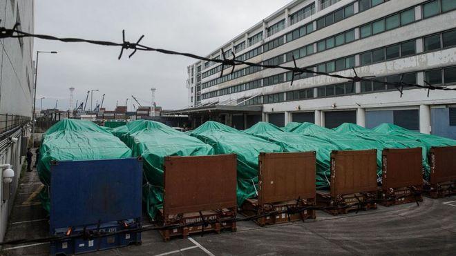 香港海关:新加坡装甲车仍在香港