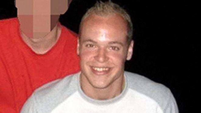 英国男子沐浴中为iPhone充电致触电身亡