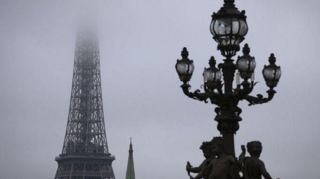 Hawada wasakheysan ee Paris ayaa ku qasabtay hogaamiyayaasha siyaasadda inay go'aan adag ka qaataan isticmaalka naaftada