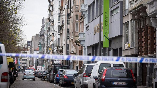 При попытке въехать в толпу в Бельгии задержали водителя
