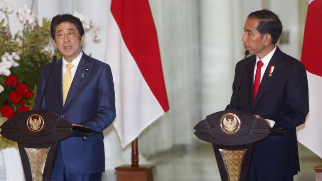 安倍游走亚太 巩固日本地位抗衡中国?