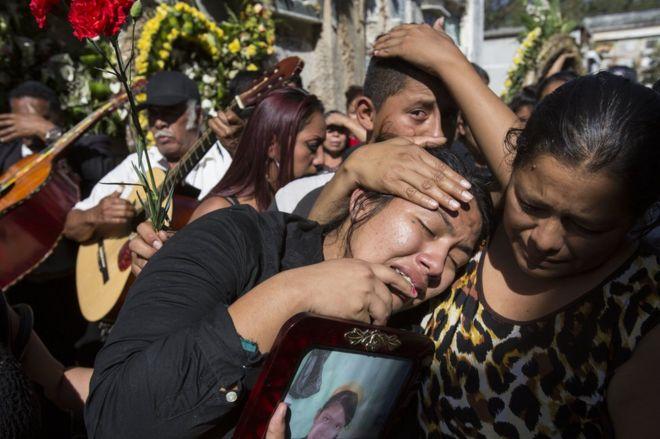 Un asesinato, violaciones, maltratos y más de 200 fugas: el espeluznante historial del Hogar Seguro Virgen de la Asunción, el albergue de Guatemala en el que murieron 40 menores