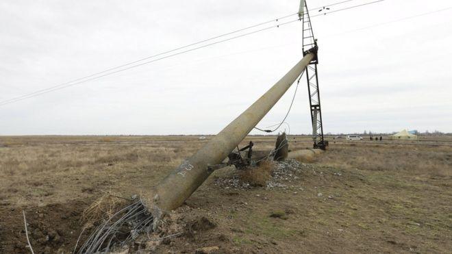 Pylon toppled in Kherson region, 23 Nov 15