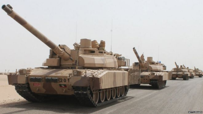 Tanks of the Saudi-led coalition are deployed on the outskirts of the southern Yemeni port city of Aden on 3 August, 2015