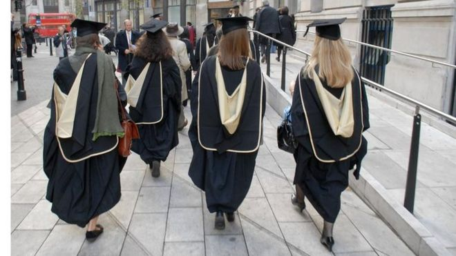 Female graduates at LSE