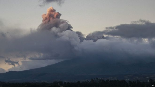 A general view from Saquisili village, of an ashes column spewed by the Cotopaxi volcano in Pichincha province, Ecuador, 15 August 2015.