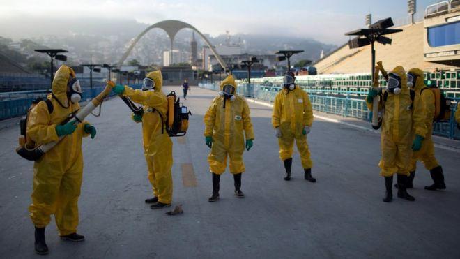 Agentes de combate contra o Aedes Aegypti no Rio