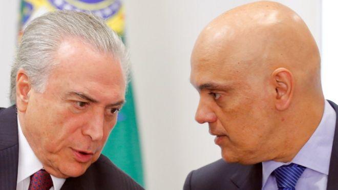 Presidente Michel Temer (à esq) e Alexandre de Moraes