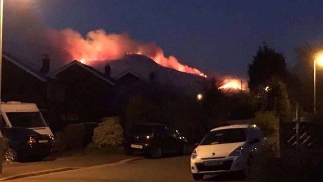 Pożar  w  Stalybridge