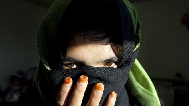 Bas Gul, adolescente en un refugio en Afganistán