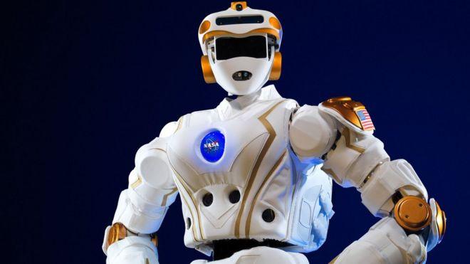 NASA R5 adını verdiği robonotu Mars görevlerinde kullanmayı hedefliyor.