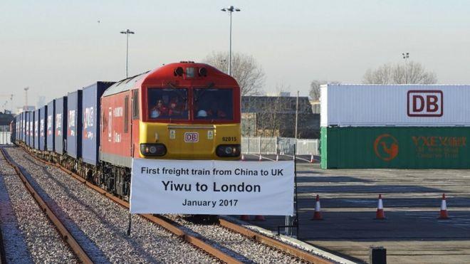 义乌至伦敦:首列货运列车抵达终点站