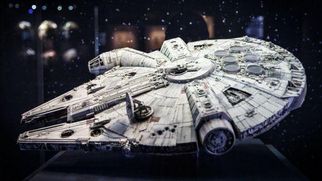 Modelo de la nave de la Guerra de las Galaxias.