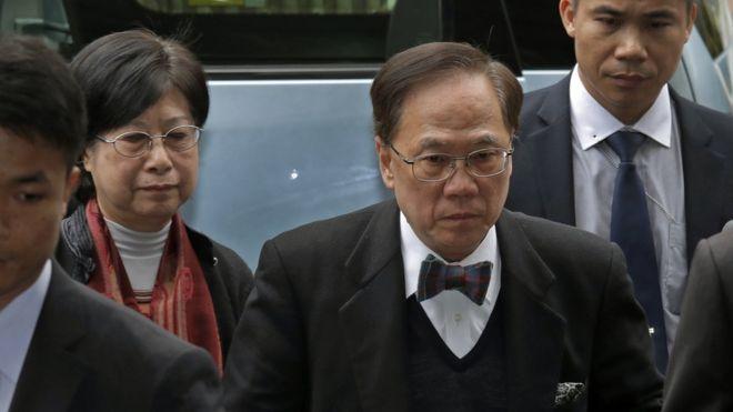 香港前特首曾荫权被判入狱20个月 将上诉