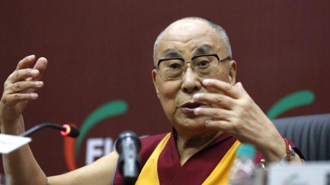 抗议达赖喇嘛美国演讲 留学生被洗脑了?