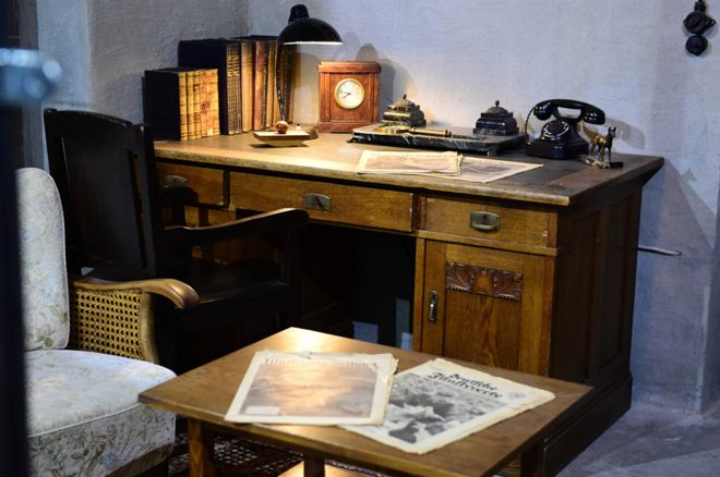 Hitler desk - not original (AFP pic)