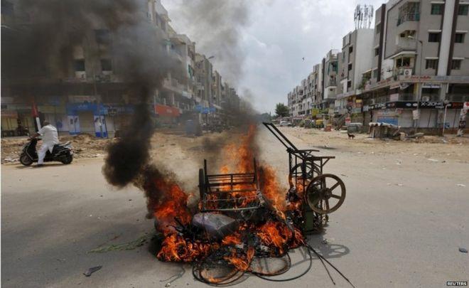 Narendra Modi urges Gujarat calm after Patel caste protests