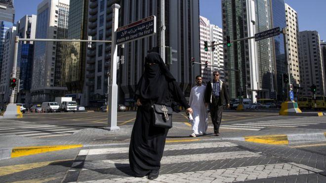 Сняты обвинения властей ОАЭ, выдвинутые туристам за секс вне брака