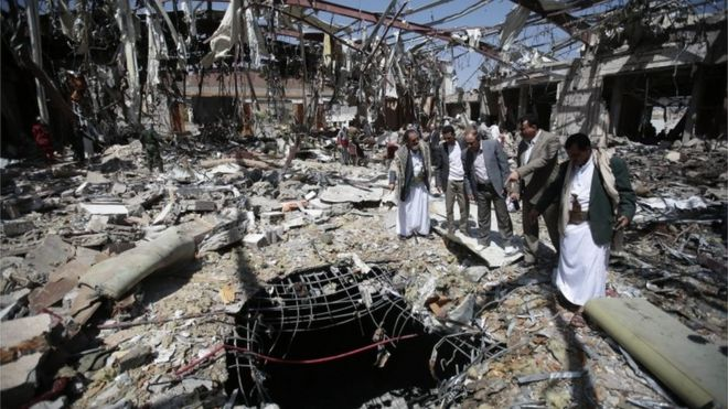 Funeral hall in Yemen destroyed by the Saudi-led coalition