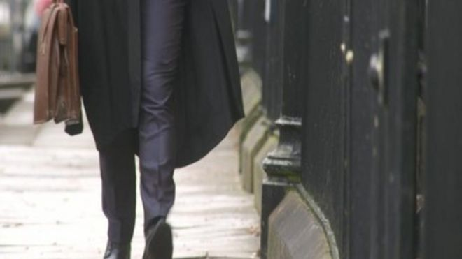 Reports of fake law firms double, says SRA