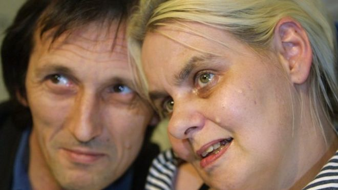 Image caption Right-to-die campaigner Diane Pretty was terminally ill with motor neurone disease - _75541532_diane_pretty