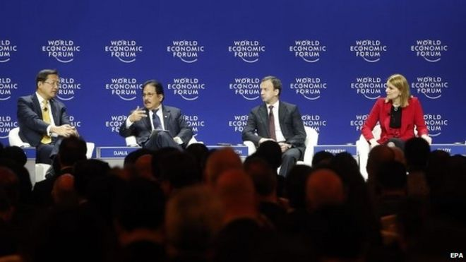 Leading business figures at a panel in the 2015 World Economic Forum in Jakarta