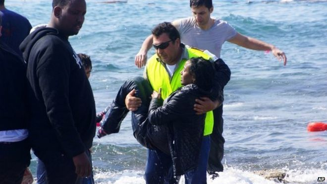 Man rescues shipwrecked migrant from the Aegean sea off island of Rhodes