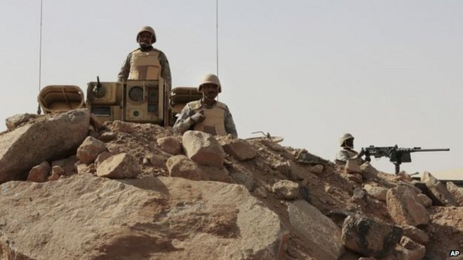 Saudi soldiers on the border with Yemen at a military point in Najran. 21 April 2015