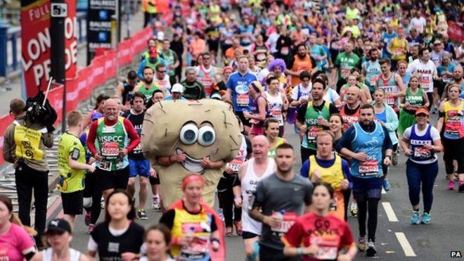 Competitors in the London marathon