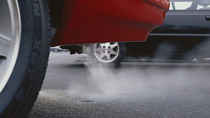 http://ichef.bbci.co.uk/news/736/cpsprodpb/8DCA/production/_88389263_c0121507-exhaust_fumes-spl.jpg
