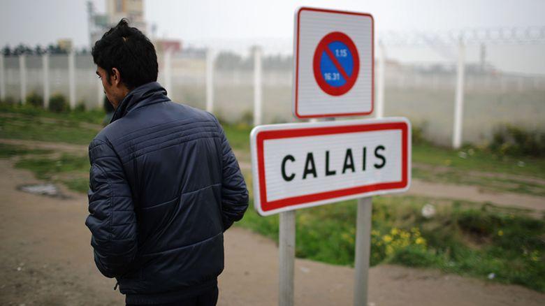 Calais sign