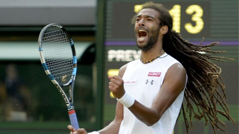 Dustin Brown beats Nadal