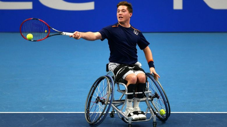 Alfie Hewett playing at the 2016 Wheelchair Tennis Masters