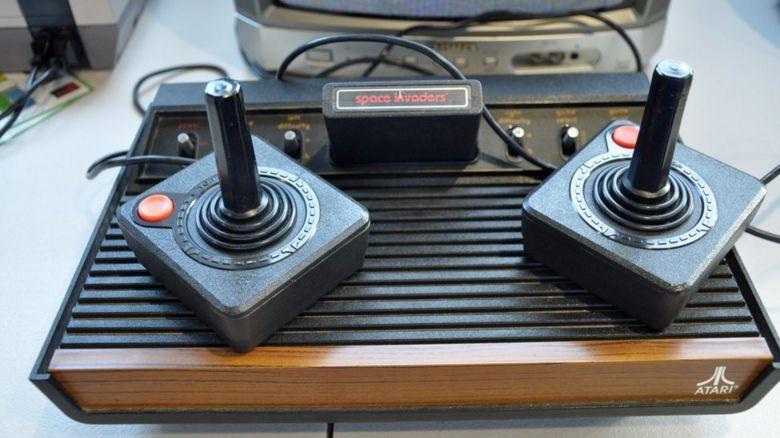 Old Atari console