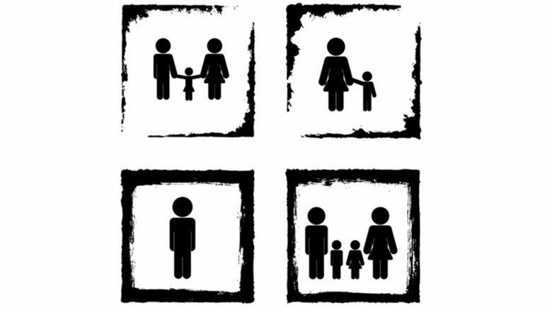 Stick figures showing a variety of family groups