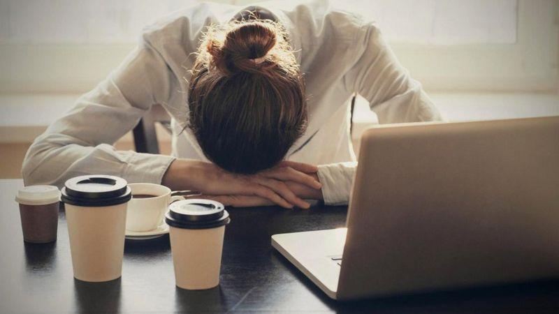 Дефицит сна может способствовать развитию смертельно опасных заболеваний, но от сознательного бодрствования пока никто не умер