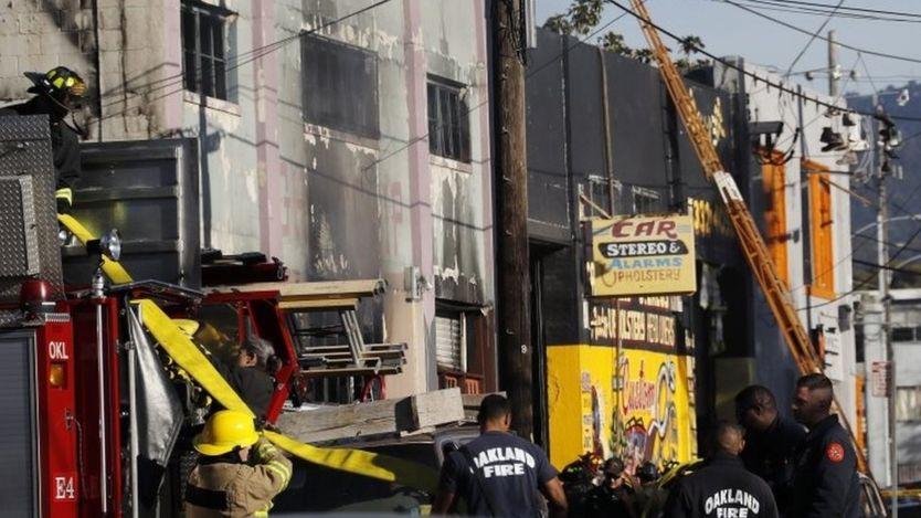 حريق في حفل موسيقي في مدينة أوكلاند بكاليفورنيا