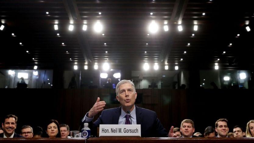 نیل گورسچ سابقه درخشانی در سمت قضاوت دارد