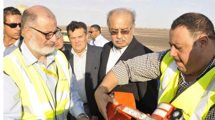 Investigadores examinam caixa-preta em acidente no Egito