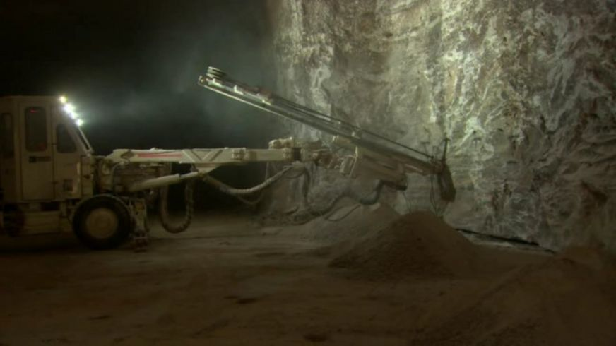 http://ichef.bbci.co.uk/news/872/cpsprodpb/7CB8/production/_92982913_mine.jpg