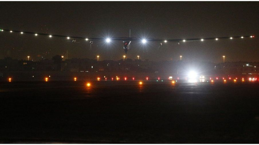 O pouso da aeronave Solar Impulse