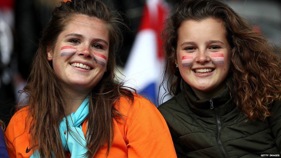 Women's Euros 2017 fans