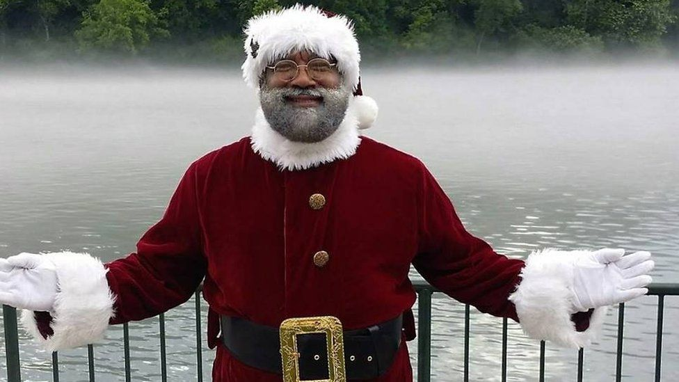 Mall of America in Minnesota employs its first black Santa in its 24-year history